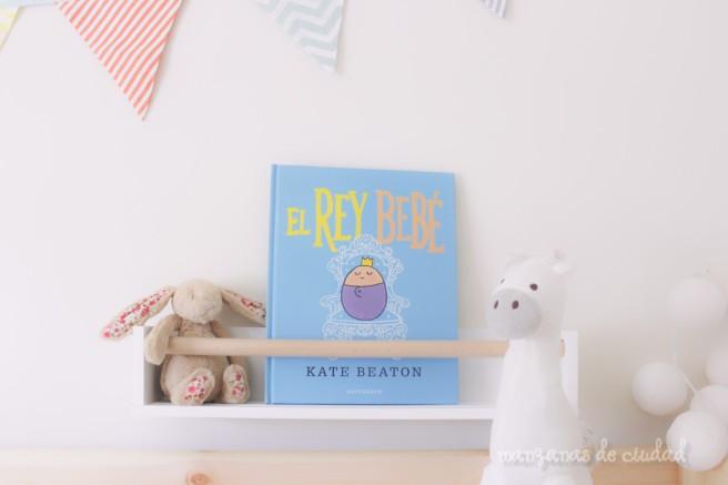 Las manzanas leemos El Rey Bebé, Kate Beaton, Astronave